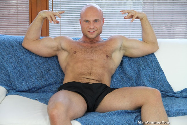 Bruce-Ford-Man-Avenue-gay-porn-star-Huge-Cocks-naked-men-muscle-hunks-smooth-muscular-dudes-nude-muscled-stud-001-male-tube-red-tube-gallery-photo